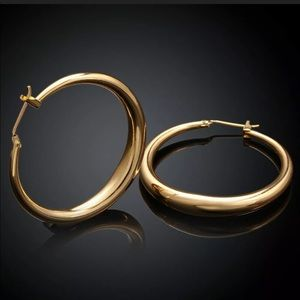 Jewelry - Gorgeous new 18K Gold Plated Round  Hoop Earrings